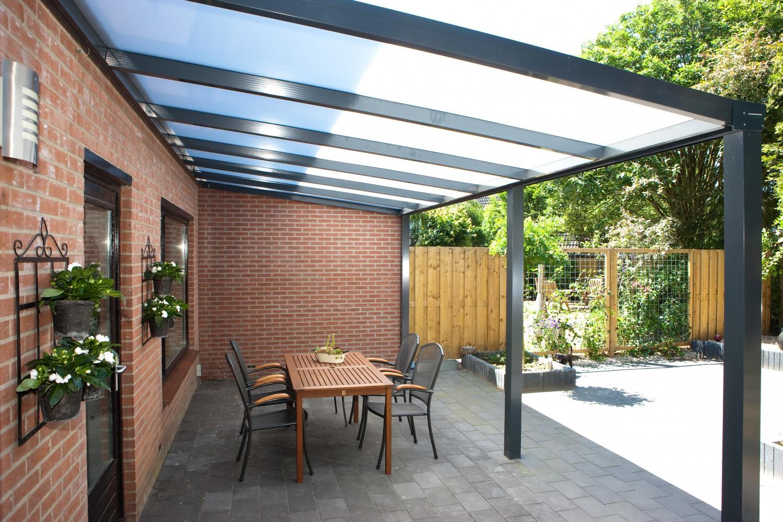 Pergola – cum se pot utiliza terasele si pe vreme friguroasa?