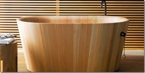 cada din lemn