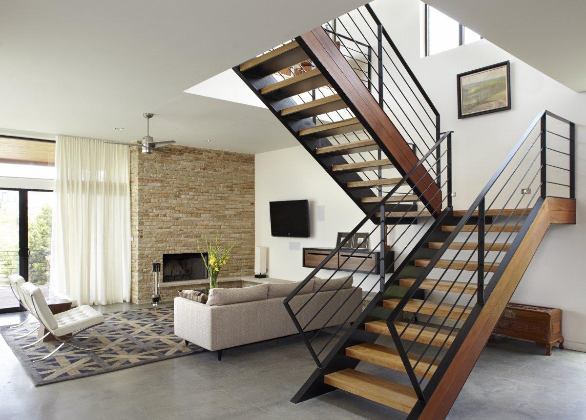 Adevarul real despre scarile interioare din lemn
