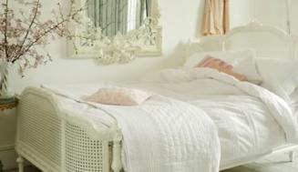 Cum sa decorati un dormitor in stil frantuzesc?