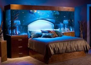 dormitor cu acvariu