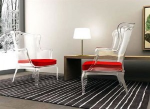 scaune transparente
