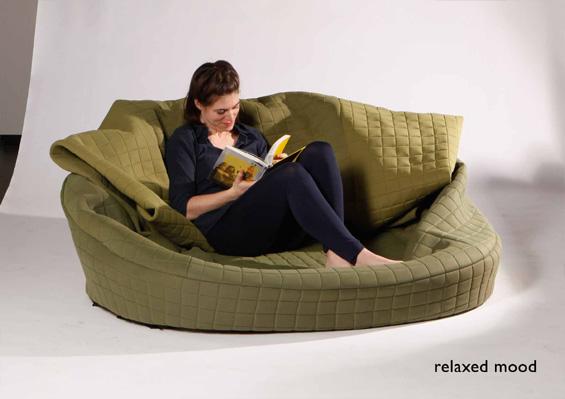 Mobilier neconventional: canapea schimbatoare