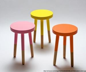 scaune in vopsea