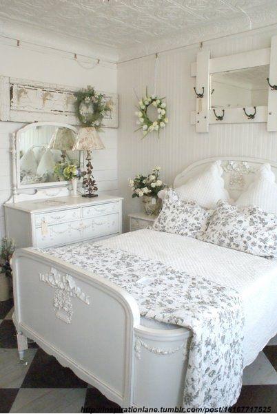3 teme de abordare ideale pentru dormitoare feminine
