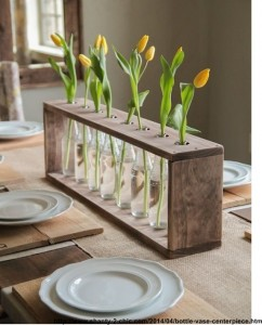 suport pentru vaze de flori din lambriuri